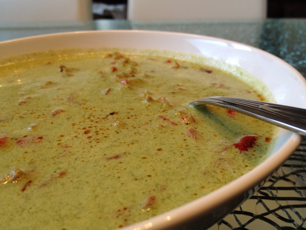 Spinat Parmesan Suppe mit Hackfleisch