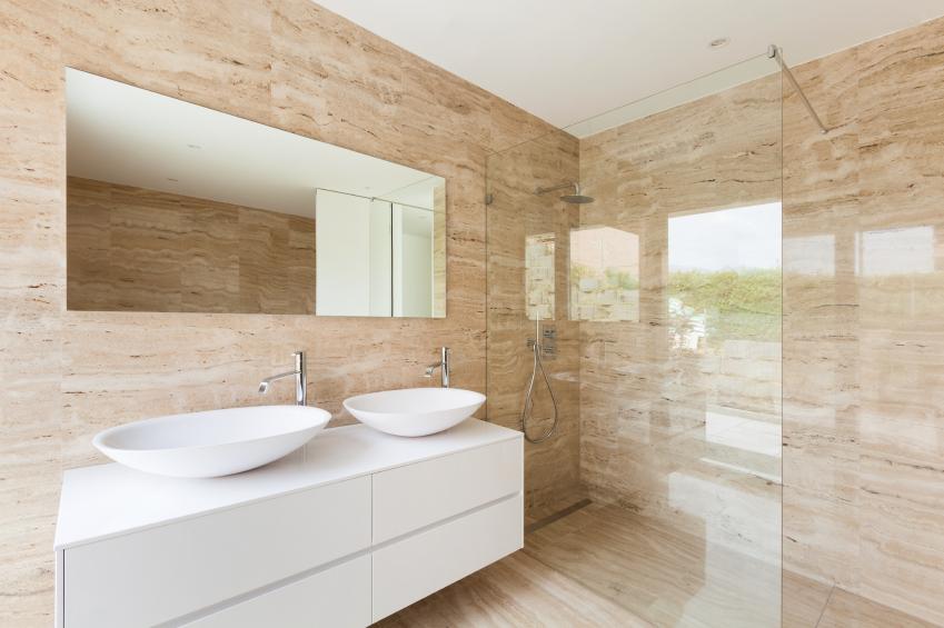 Marmor-im-Badezimmer
