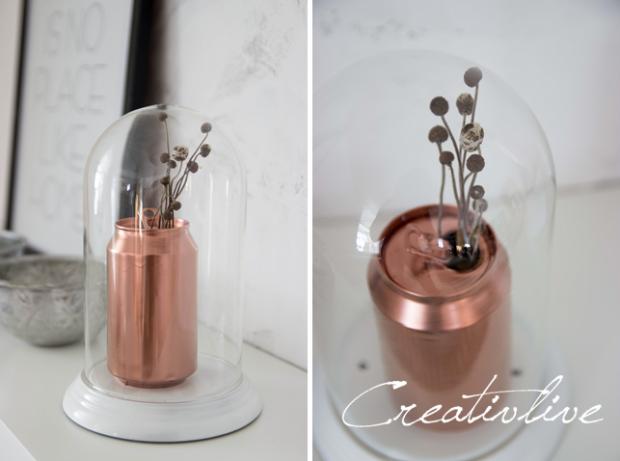Mit etwas Kupferspray wird aus einer Cola-Dose eine kleine Vase.