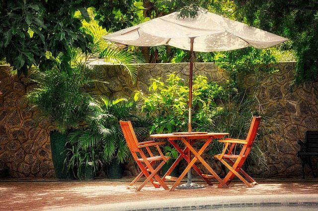 Terrasse sommerlich gestalten