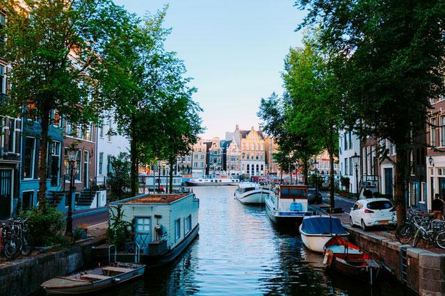 Tour Niederlande Amsterdam Hausboot