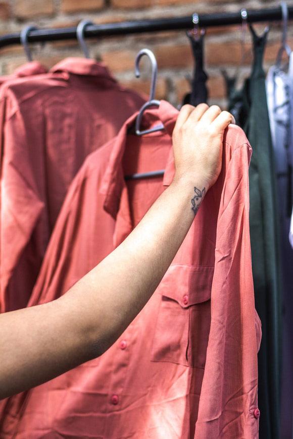 Kleiderschrank Farben 2021